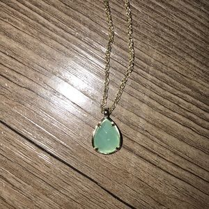 Kendra Scott kiri necklace in mint